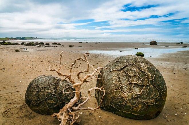 http://500px.com/photo/51360310/moeraki-boulders-by-gerald-querubin