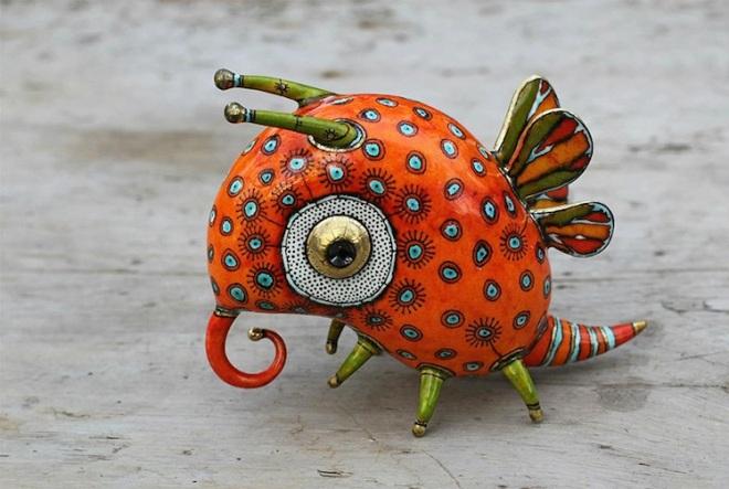 porcelain-bug-1