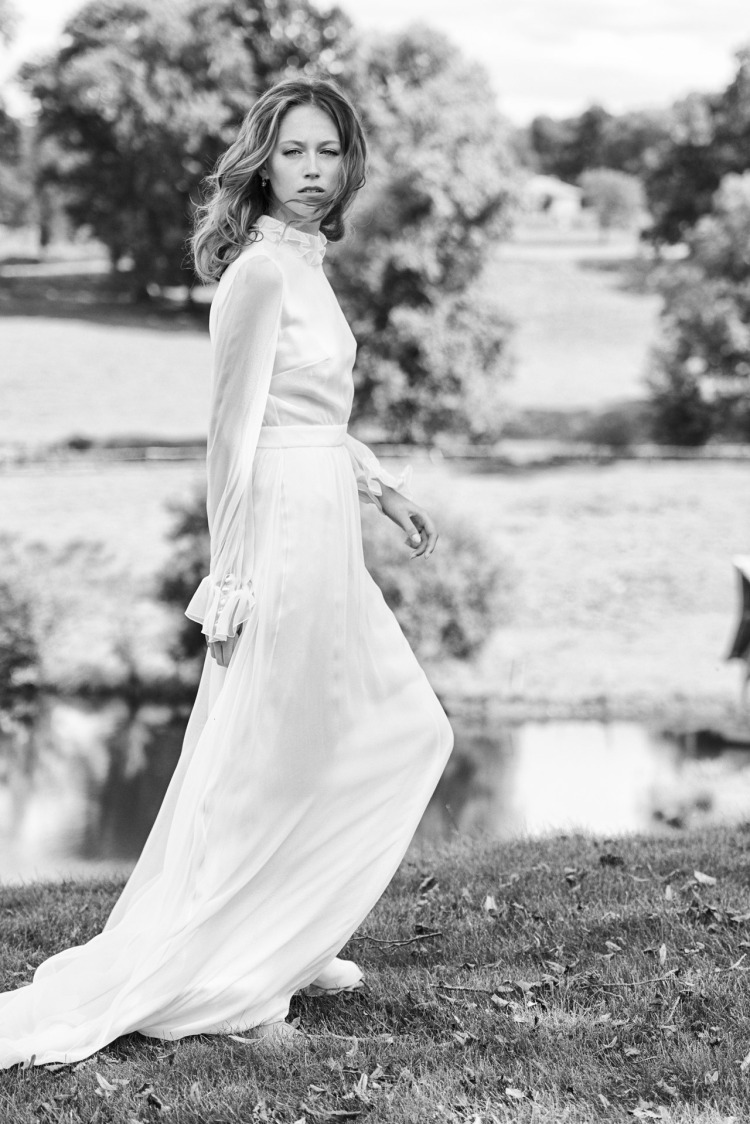 delphine-manivet-robe-mariee-collection-2016-paulin-front