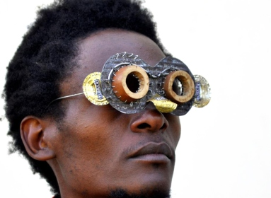 cyrus-kabiru-kenayn-artist-sculptural-glasses-designboom-00