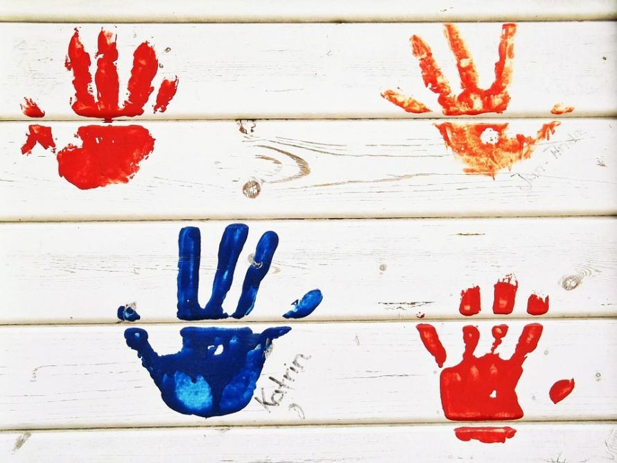 handprint-472090_960_720